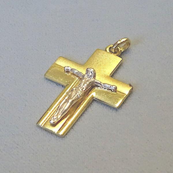 # 610609  Anhänger / Kreuz in 333-Gold