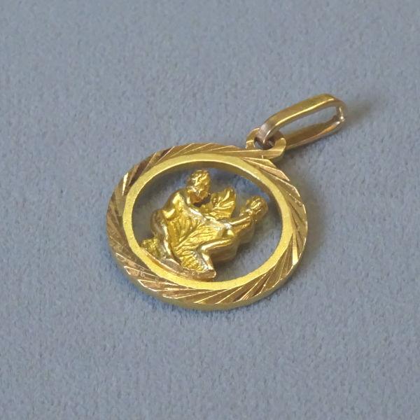 690301 Tierkreiszeichen in 750-Gold, Schmuck gebraucht, Second Hand / Goldschmiede Karl Spörl in Hof/Saale