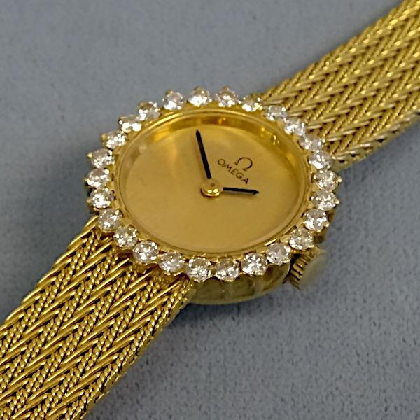 810803 Damen-Armbanduhr in 750-Gold, Schmuck gebraucht, Second Hand / Goldschmiede Karl Spörl in Hof/Saale