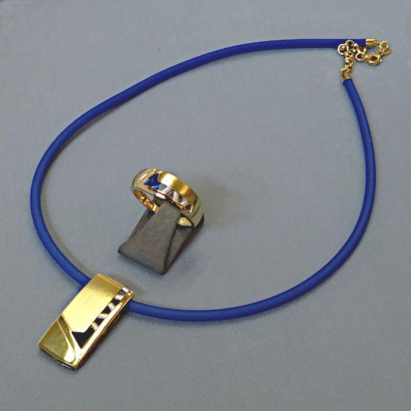 # 950907  Ring und Anhänger in 333-Gold